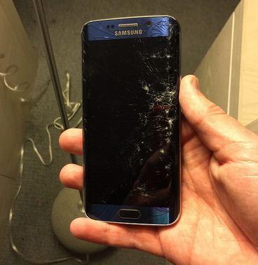 Samsung Galaxy S6 Edge vỡ mặt kính