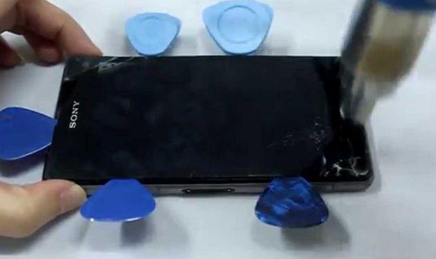 Thay mặt kính cảm ứng Sony Z3 tại Manhinhdienthoai.net