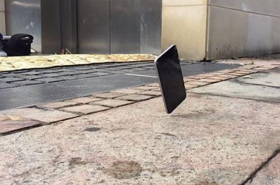 Điện thoại OPPO F3 Plus bị rơi