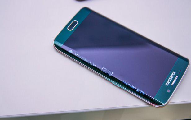 Samsung S6 Edge bị treo Logo, đơ máy