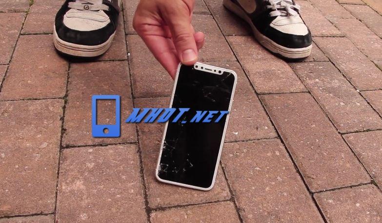 Màn hình iPhone X bị vỡ mặt kính