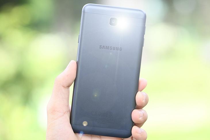 Cách nháy đèn flash khi có cuộc gọi đến Samsung J7