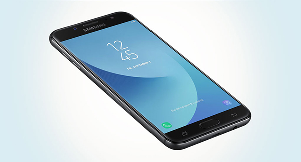 thay màn hình Samsung J7 Plus uy tín