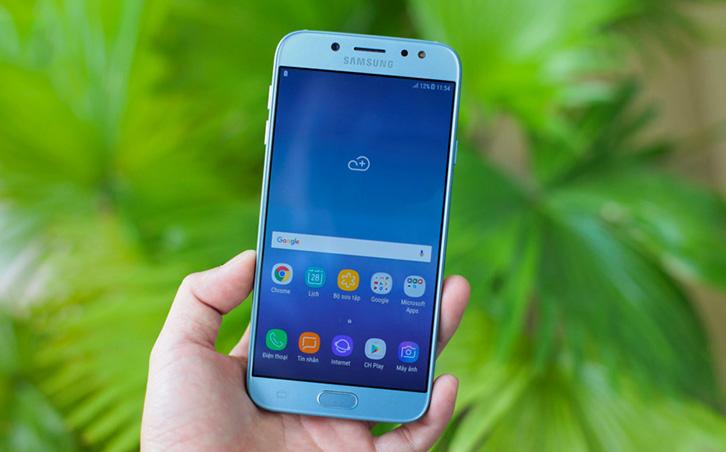 Khắc phục màn hình Samsung J7 Pro bị sọc
