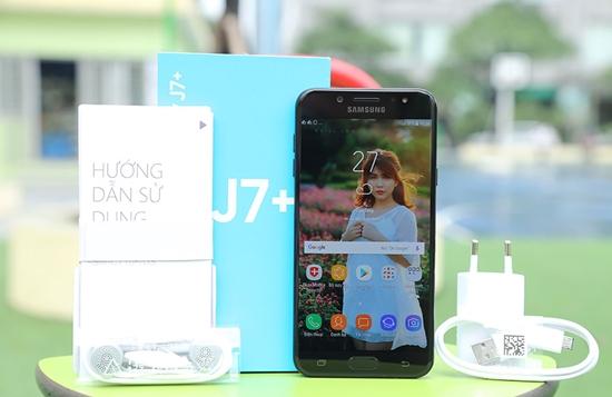 thay man hinh Samsung J7 Plus gia bao nhieu