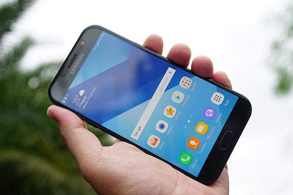 Màn hình Samsung A7 2017 bị liệt cảm ứng