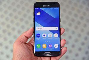 Thay màn hình Samsung A7 2017 giá bao nhiêu