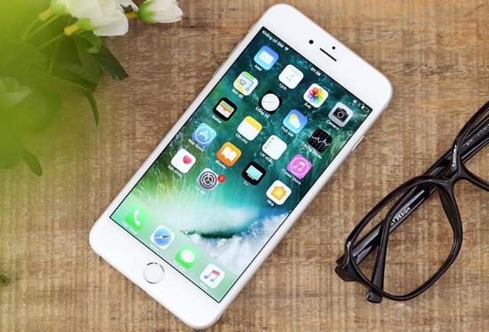 khac phuc iphone 6 plus bi soc man hinh