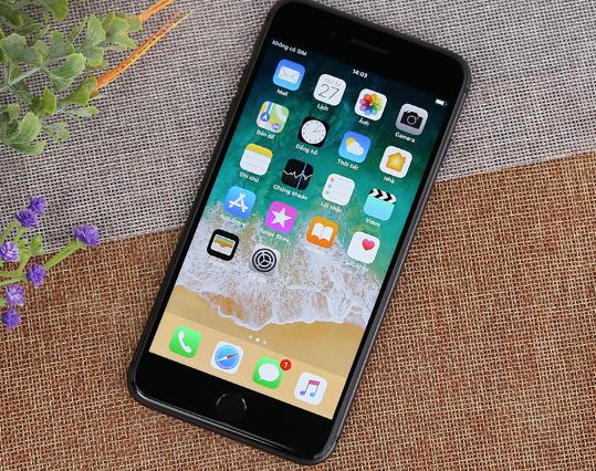 iphone 8 plus soc man hinh