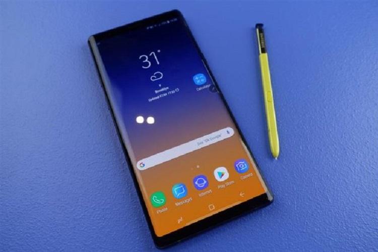 Cận cảnh cực phẩm Samsung Note
