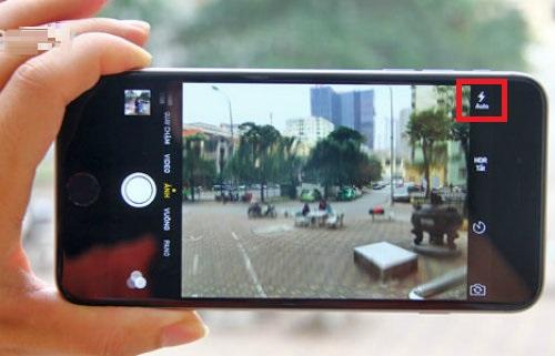 đèn flash khi chụp ảnh trên iPhone 7