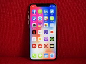 Sửa lỗi iPhone tự tắt nguồn khi còn pin
