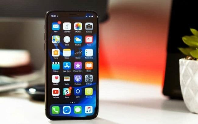 Nguyên nhân nào khiến iPhone X không bật được camera