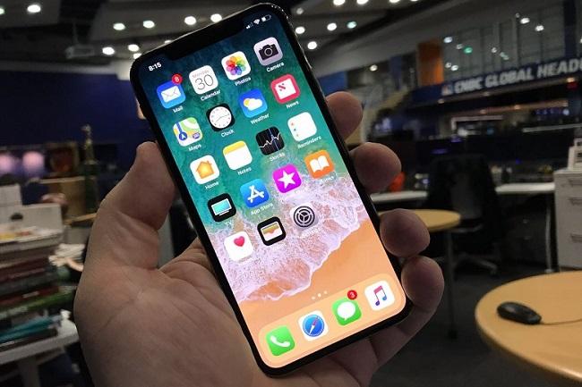 Thay pin iPhone X có làm mất khả năng chống nước