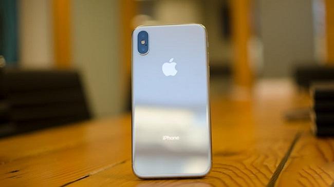 Pin của iPhone X bị chai