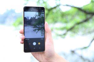 Nguyên nhân camera Samsung bị đọng nước
