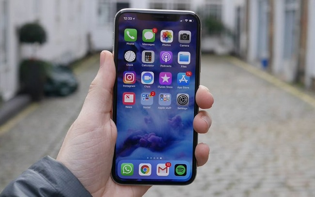 Làm gì để xử lý iPhone X bị đơ không tắt nguồn được