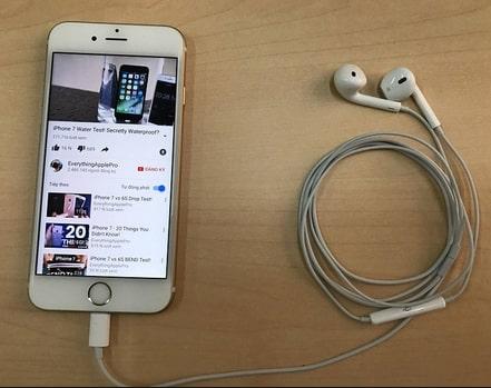 Tại sao iPhone 7 không nhận jack chuyển tai nghe?