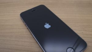 Lỗi iPhone 6s tự tắt nguồn