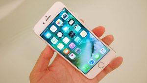 Vì sao iPhone 7 Plus không tắt được màn hình?