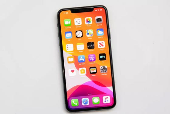 iphone 11 khong len man hinh
