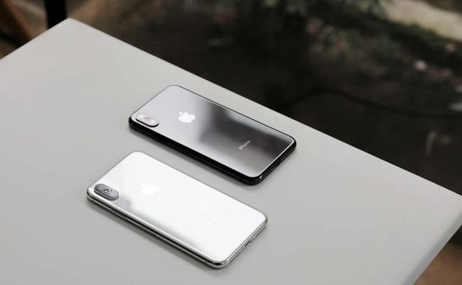 iphone X ra mắt với 2 mày đen, trắng