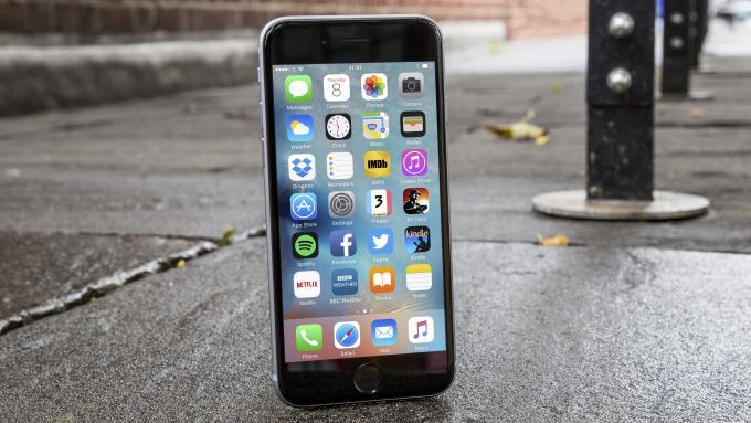 Nguyên nhân iPhone 6s không sạc được pin
