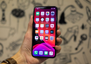 loi iphone 11 pro max loan cam ung