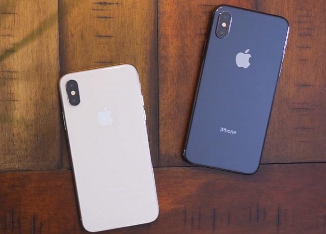 Camera sau iPhone X bị mờ, không lấy được nét, bạn phải làm sao?