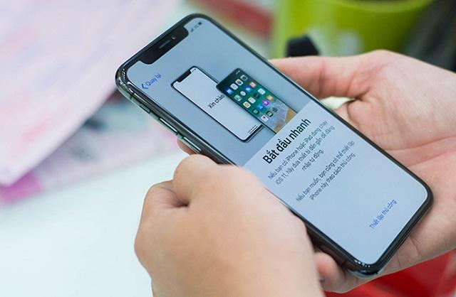Cắm tai nghe vào iPhone X không nhận, bạn nên làm thế nào?