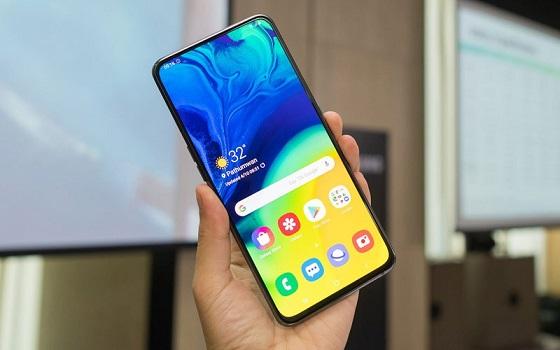 Nguyên nhân khiến Samsung A8 bể mặt kính