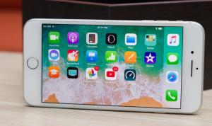 iPhone 8 Plus bị sọc màn hình